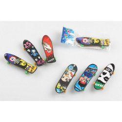 Lot 100 mini fingers skate boards 9.5 cm Jouets et articles kermesse 8022-LOT