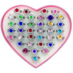 Boîte coeur bagues réglables kermesse vendue par 36 Jouets et articles kermesse 60982-LOT