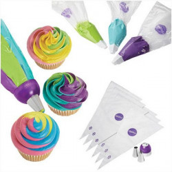 Set 2 douilles et 6 poches patissières ColorSwirl Tri-Color Wilton Cake Design 03-3138