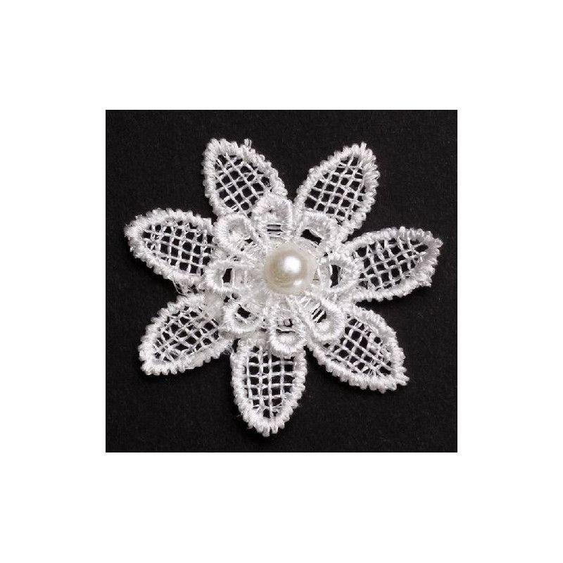 Fleur en dentelle blanche x 4 avec perle Déco festive 12737